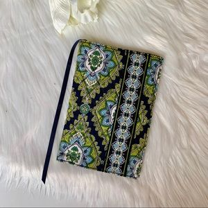 Vera Bradley | Cambridge NWT Book Cover